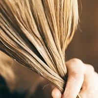 Blondt hår